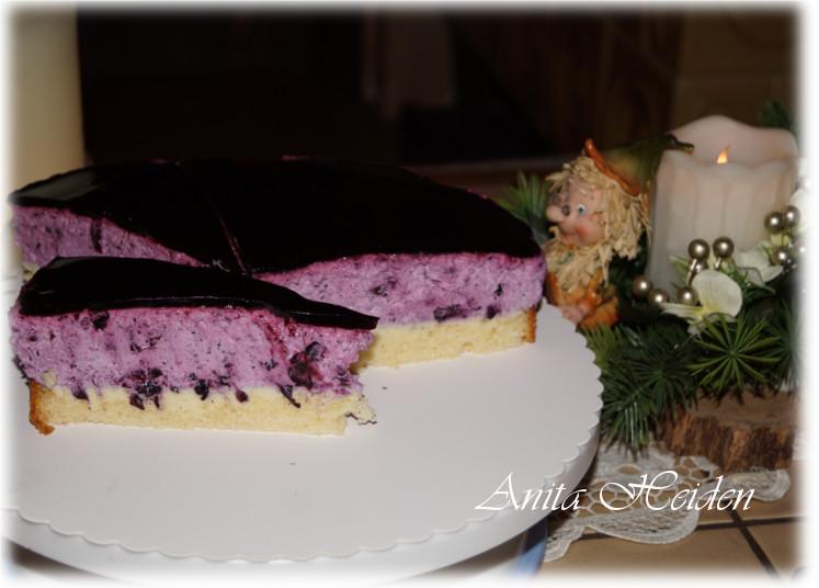Fruchtige Blaubeer-Frischkäse-Torte