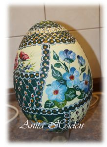 Ostereier mit Bauernmalerei
